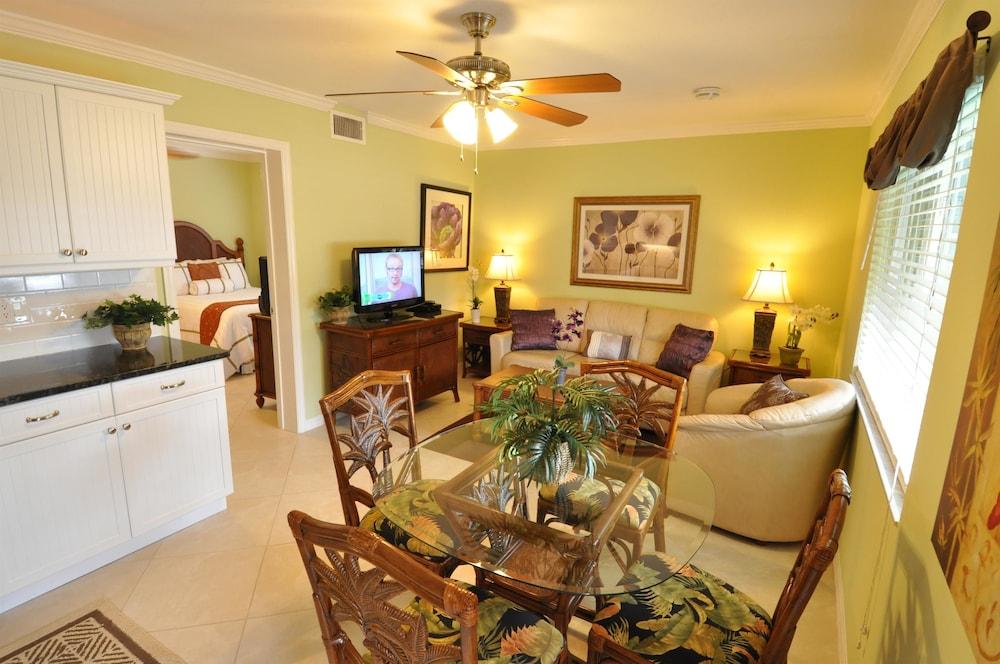 트로피컬 비치 리조트(Tropical Beach Resorts) Hotel Image 0 - Featured Image