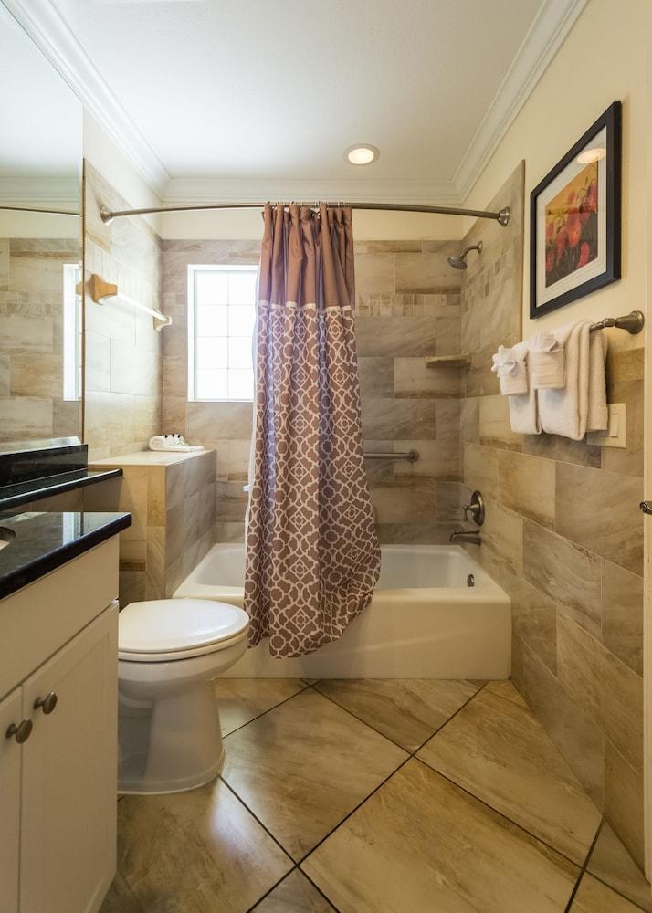 트로피컬 비치 리조트(Tropical Beach Resorts) Hotel Image 76 - Guestroom