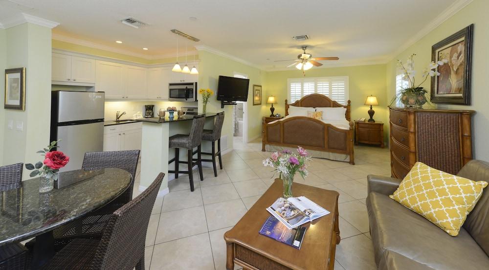 트로피컬 비치 리조트(Tropical Beach Resorts) Hotel Image 21 - Guestroom