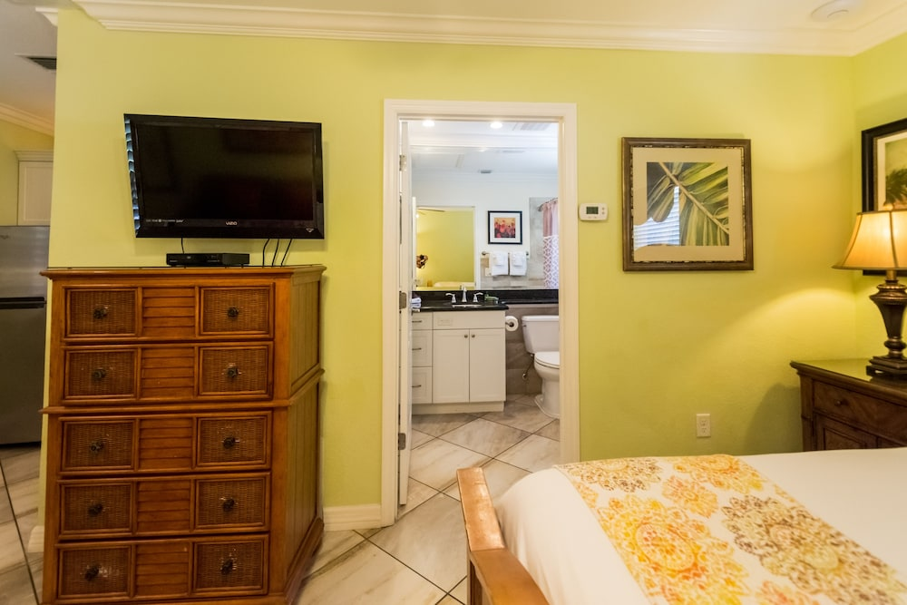 트로피컬 비치 리조트(Tropical Beach Resorts) Hotel Image 78 - Guestroom