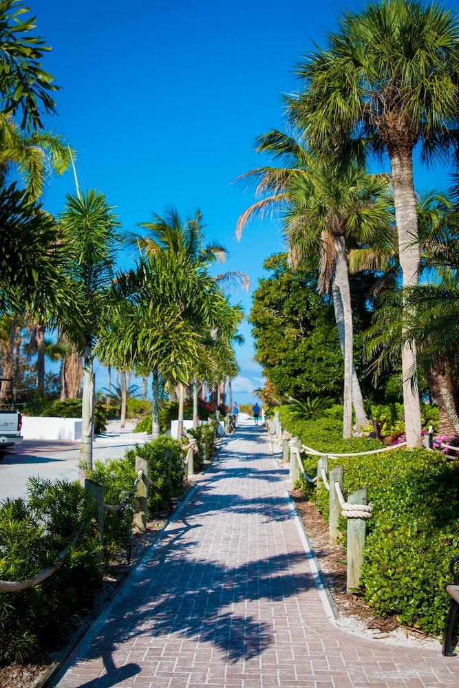 트로피컬 비치 리조트(Tropical Beach Resorts) Hotel Image 172 - View from Hotel