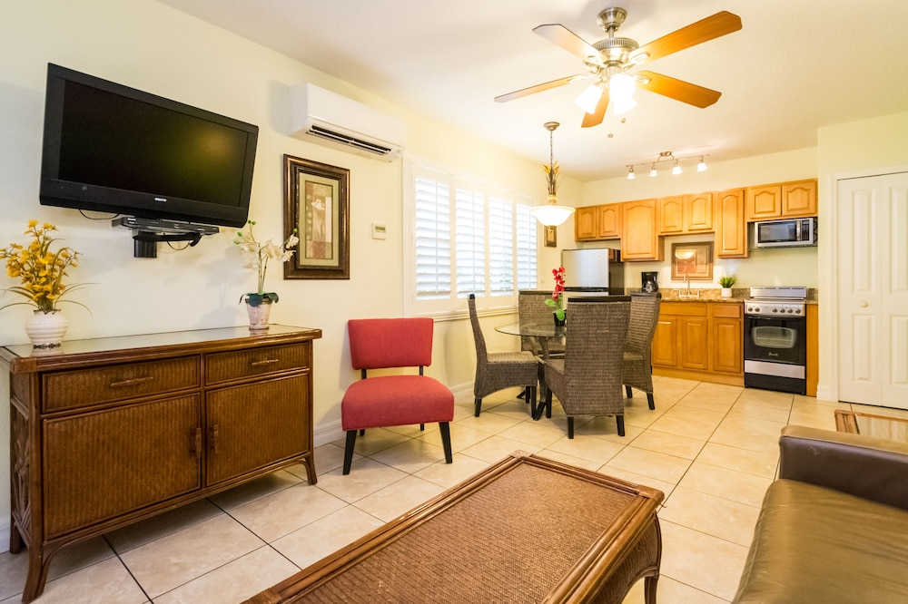 트로피컬 비치 리조트(Tropical Beach Resorts) Hotel Image 84 - Guestroom