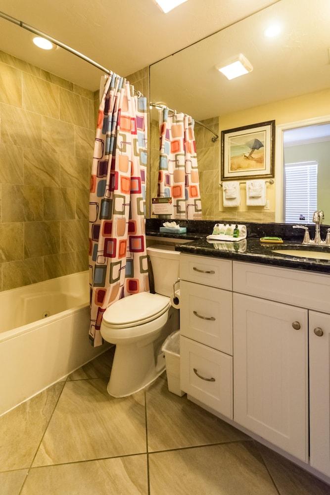 트로피컬 비치 리조트(Tropical Beach Resorts) Hotel Image 137 - Bathroom