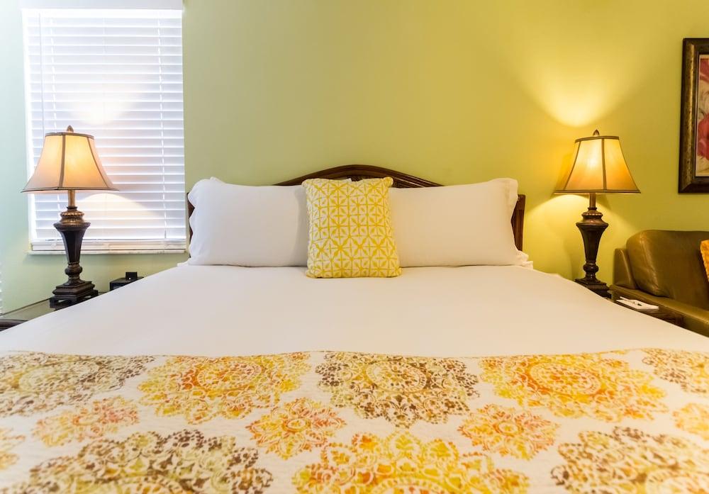 트로피컬 비치 리조트(Tropical Beach Resorts) Hotel Image 27 - Guestroom