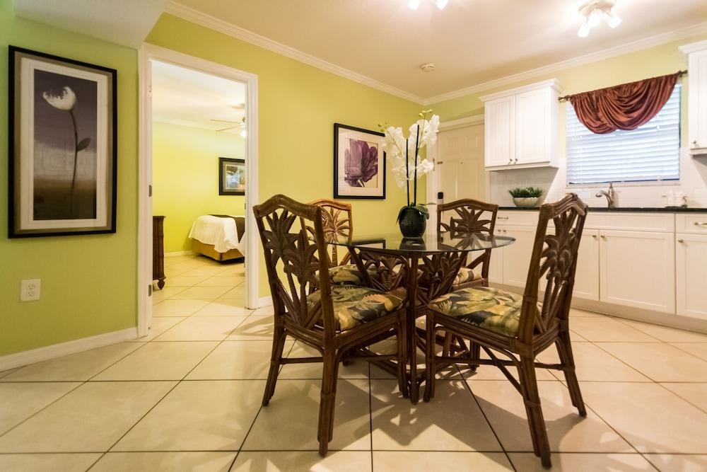 트로피컬 비치 리조트(Tropical Beach Resorts) Hotel Image 56 - Guestroom