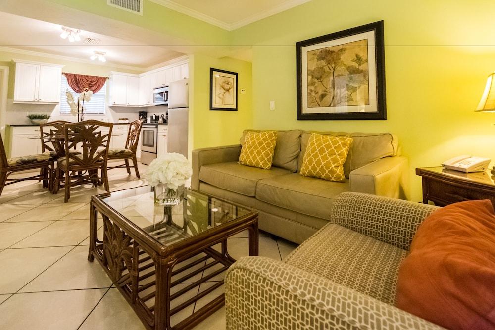 트로피컬 비치 리조트(Tropical Beach Resorts) Hotel Image 57 - Guestroom