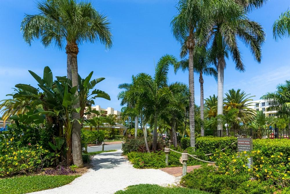 트로피컬 비치 리조트(Tropical Beach Resorts) Hotel Image 159 - Property Grounds