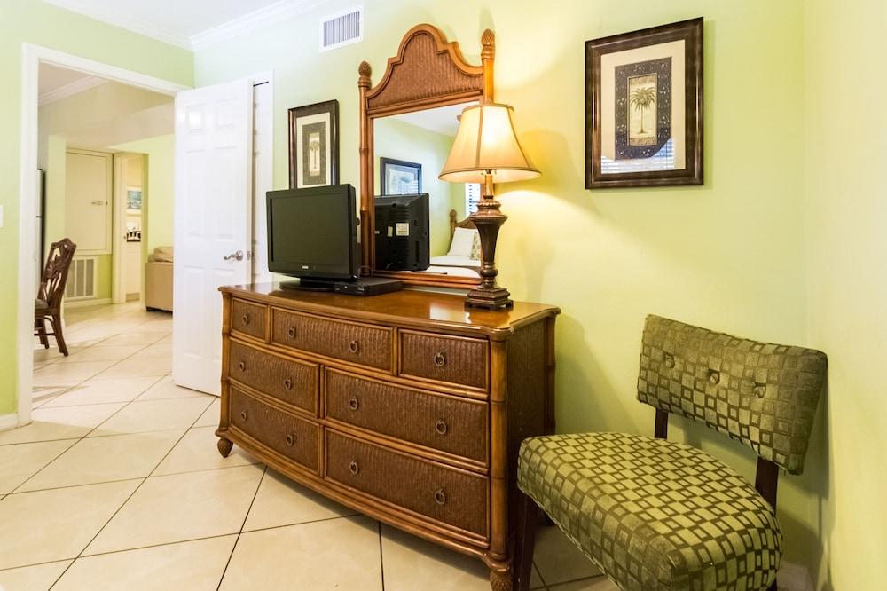 트로피컬 비치 리조트(Tropical Beach Resorts) Hotel Image 62 - Guestroom