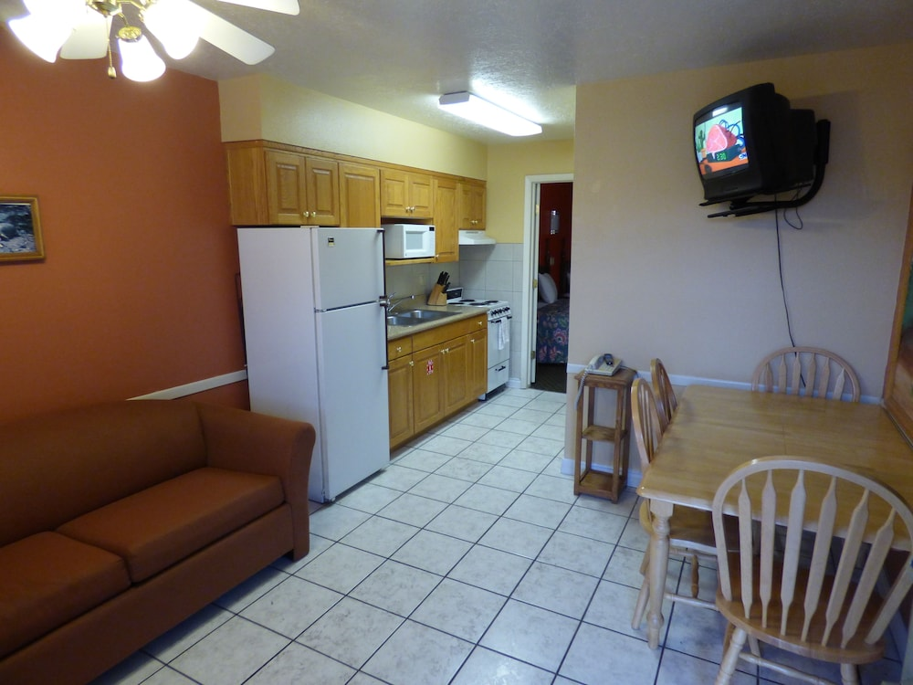 코로나다 인 앤드 스위트(Coronada Inn and Suites) Hotel Image 22 - Property Amenity