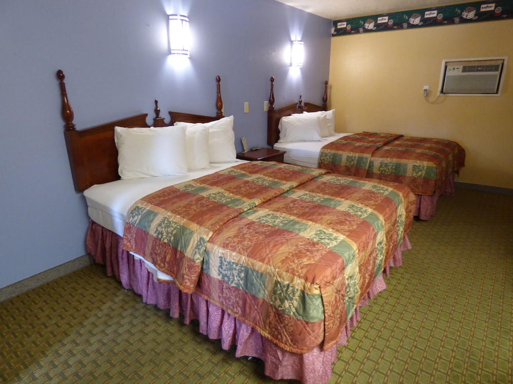코로나다 인 앤드 스위트(Coronada Inn and Suites) Hotel Image 5 - Guestroom