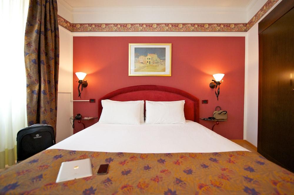 퀄리스-호텔 투린 로얄(QUALYS-HOTEL Turin Royal) Hotel Image 10 - Guestroom