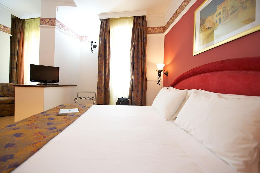 퀄리스-호텔 투린 로얄(QUALYS-HOTEL Turin Royal) Hotel Image 9 - Guestroom
