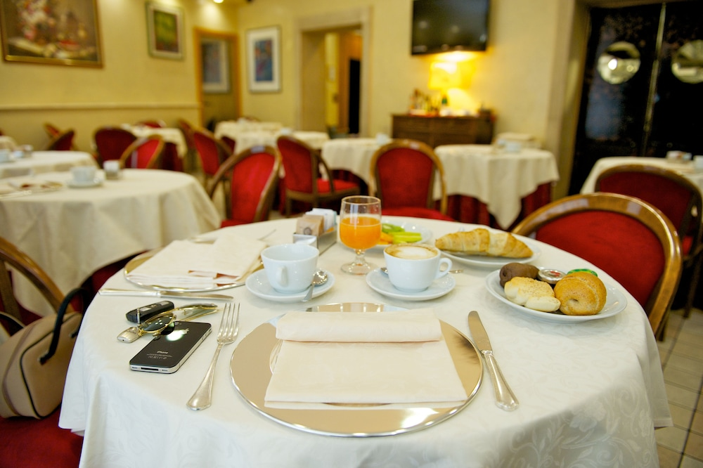 퀄리스-호텔 투린 로얄(QUALYS-HOTEL Turin Royal) Hotel Image 31 - Restaurant