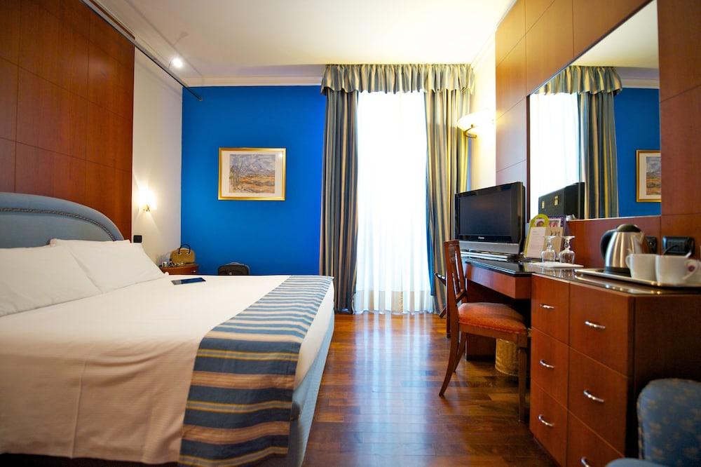 퀄리스-호텔 투린 로얄(QUALYS-HOTEL Turin Royal) Hotel Image 8 - Guestroom