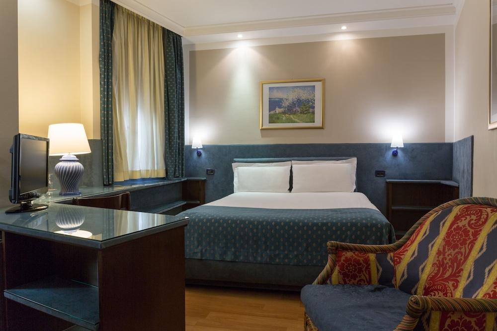 퀄리스-호텔 투린 로얄(QUALYS-HOTEL Turin Royal) Hotel Image 15 - Guestroom