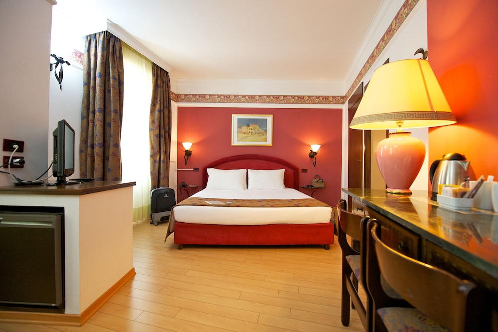 퀄리스-호텔 투린 로얄(QUALYS-HOTEL Turin Royal) Hotel Image 16 - Living Area