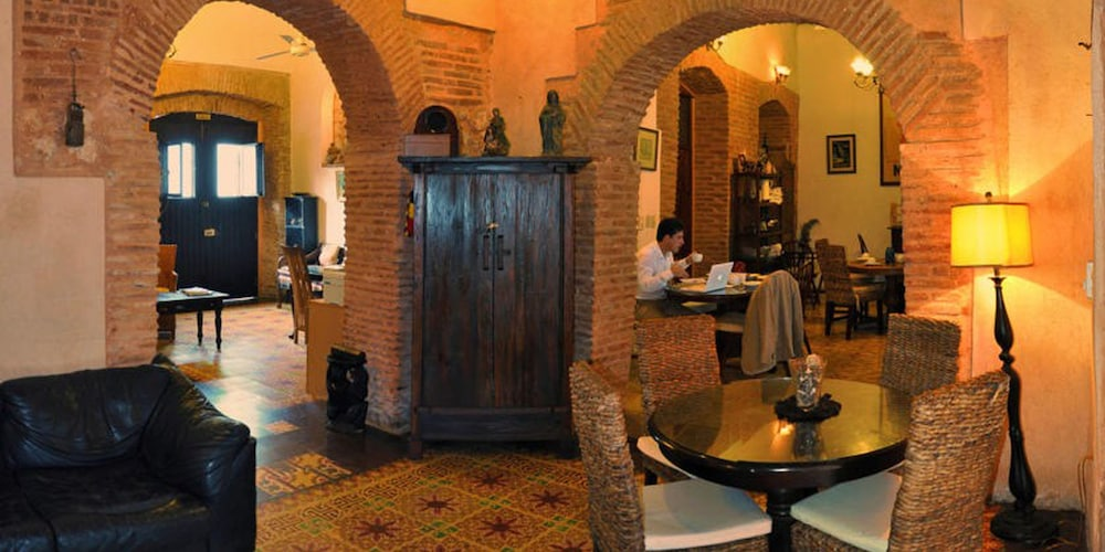 호텔 도냐 엘비라(Hotel Doña Elvira) Hotel Image 34 - Dining