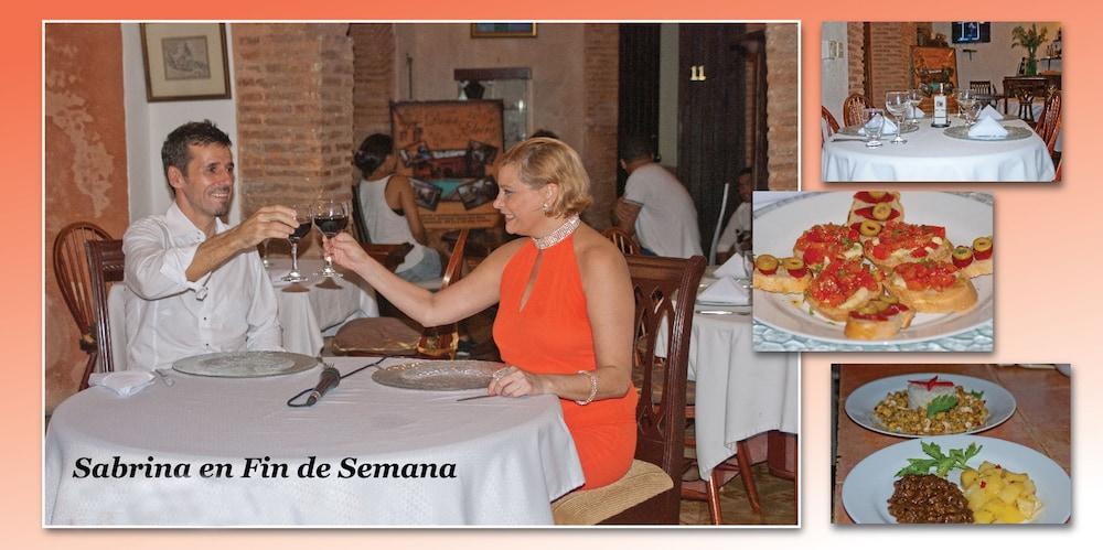 호텔 도냐 엘비라(Hotel Doña Elvira) Hotel Image 35 - Dining