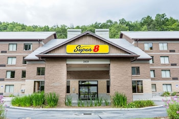 Hotel - Super 8 by Wyndham Boone NC
