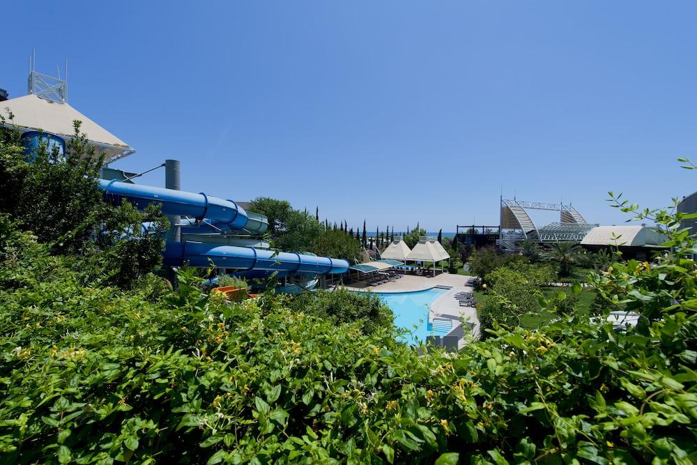 콩코드 드 럭스 리조트 - 올 인클루시브(Concorde De Luxe Resort - All Inclusive) Hotel Image 33 - Waterslide