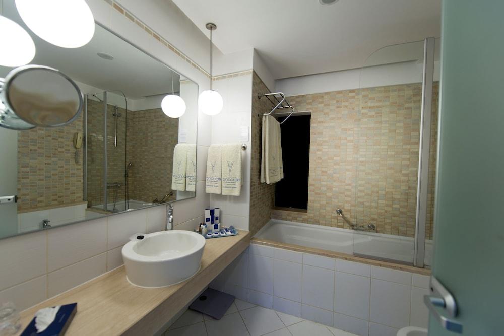 콩코드 드 럭스 리조트 - 올 인클루시브(Concorde De Luxe Resort - All Inclusive) Hotel Image 21 - Bathroom