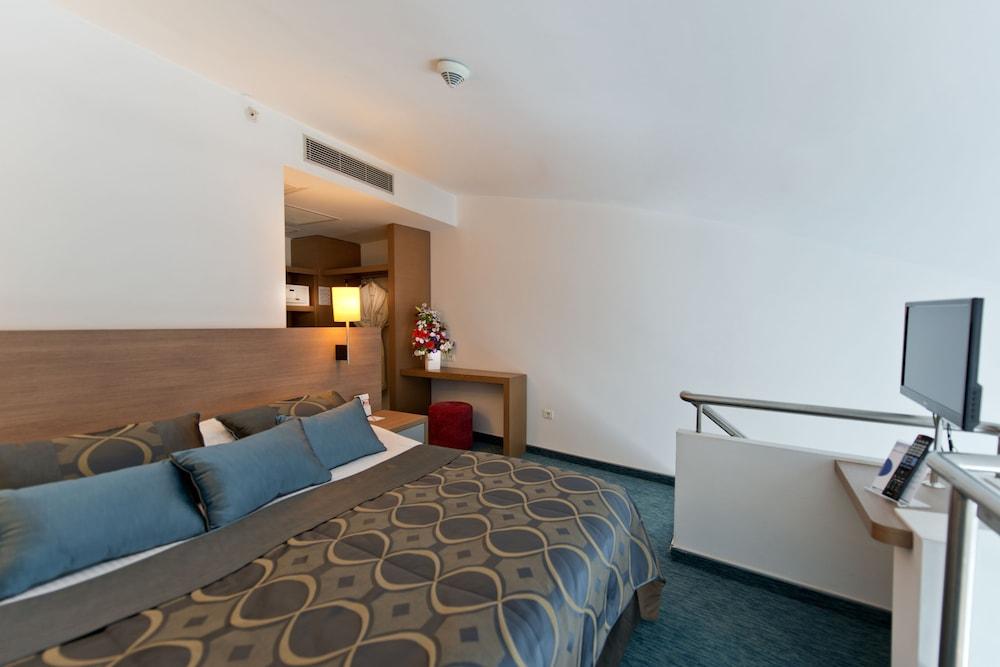 콩코드 드 럭스 리조트 - 올 인클루시브(Concorde De Luxe Resort - All Inclusive) Hotel Image 9 - Guestroom