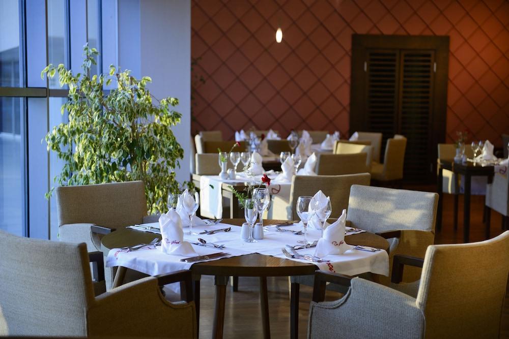 콩코드 드 럭스 리조트 - 올 인클루시브(Concorde De Luxe Resort - All Inclusive) Hotel Image 47 - Restaurant