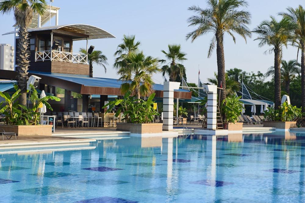 콩코드 드 럭스 리조트 - 올 인클루시브(Concorde De Luxe Resort - All Inclusive) Hotel Image 59 - Outdoor Pool