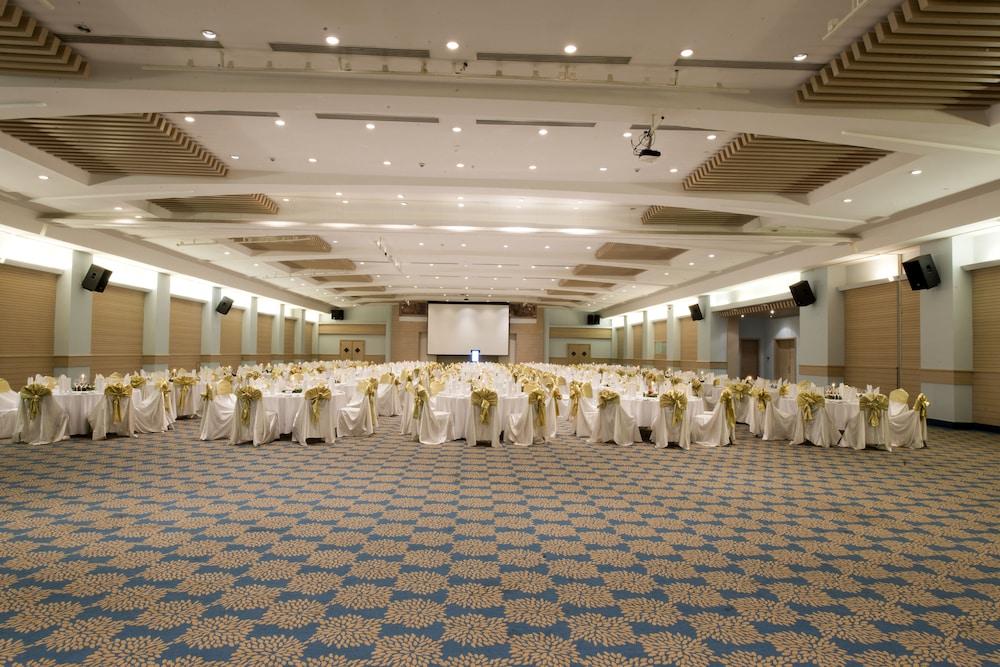 콩코드 드 럭스 리조트 - 올 인클루시브(Concorde De Luxe Resort - All Inclusive) Hotel Image 54 - Meeting Facility