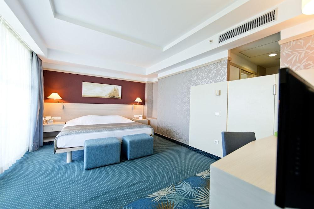 콩코드 드 럭스 리조트 - 올 인클루시브(Concorde De Luxe Resort - All Inclusive) Hotel Image 14 - Guestroom