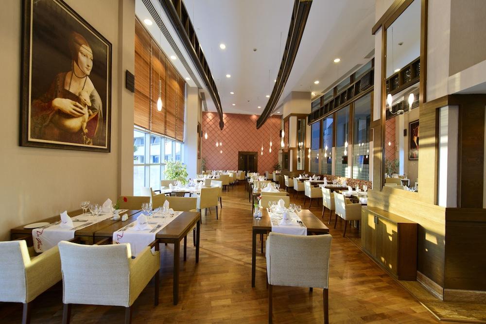 콩코드 드 럭스 리조트 - 올 인클루시브(Concorde De Luxe Resort - All Inclusive) Hotel Image 46 - Restaurant
