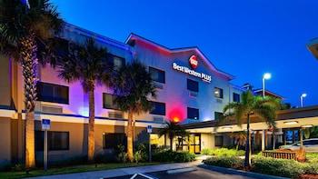 塞巴斯蒂安貝斯特韋斯特普勒斯套房飯店 Best Western Plus Sebastian Hotel & Suites