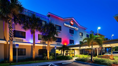 . Best Western Plus Sebastian Hotel & Suites