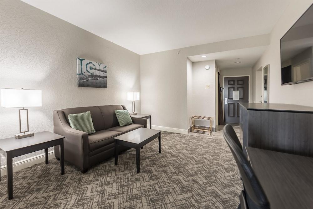 베스트 웨스턴 플러스 세바스티앙 호텔 & 스위트(Best Western Plus Sebastian Hotel & Suites) Hotel Image 35 - Guestroom