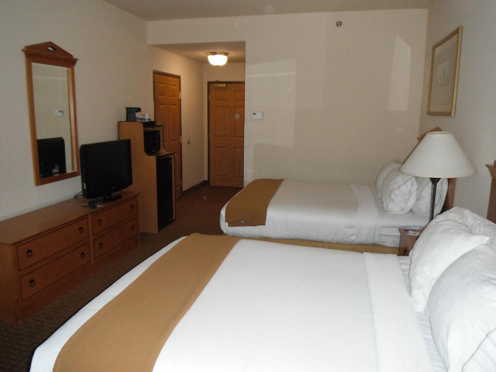 홀리데이 인 익스프레스 호텔 앤드 스위트 젠크스(Holiday Inn Express Hotel & Suites Jenks) Hotel Image 12 - Guestroom