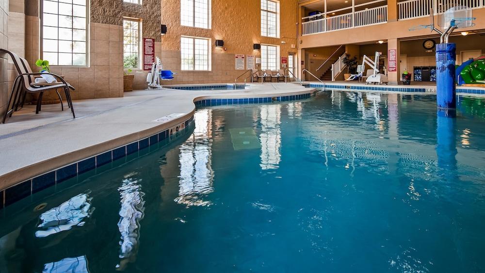 베스트 웨스턴 프리미어 브리지우드 리조트 호텔(Best Western Premier Bridgewood Resort Hotel) Hotel Image 4 - Pool