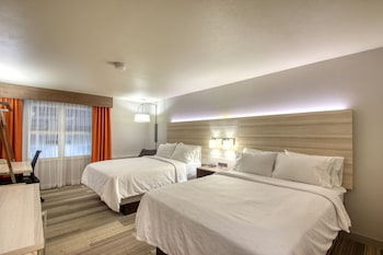 Room, 2 Queen Beds, Accessible, Bathtub (MOBILITY)
