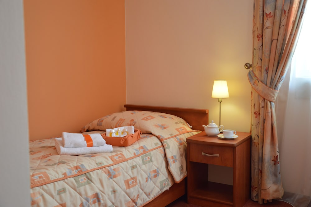 호텔 에바(Hotel Eva) Hotel Image 5 - Guestroom
