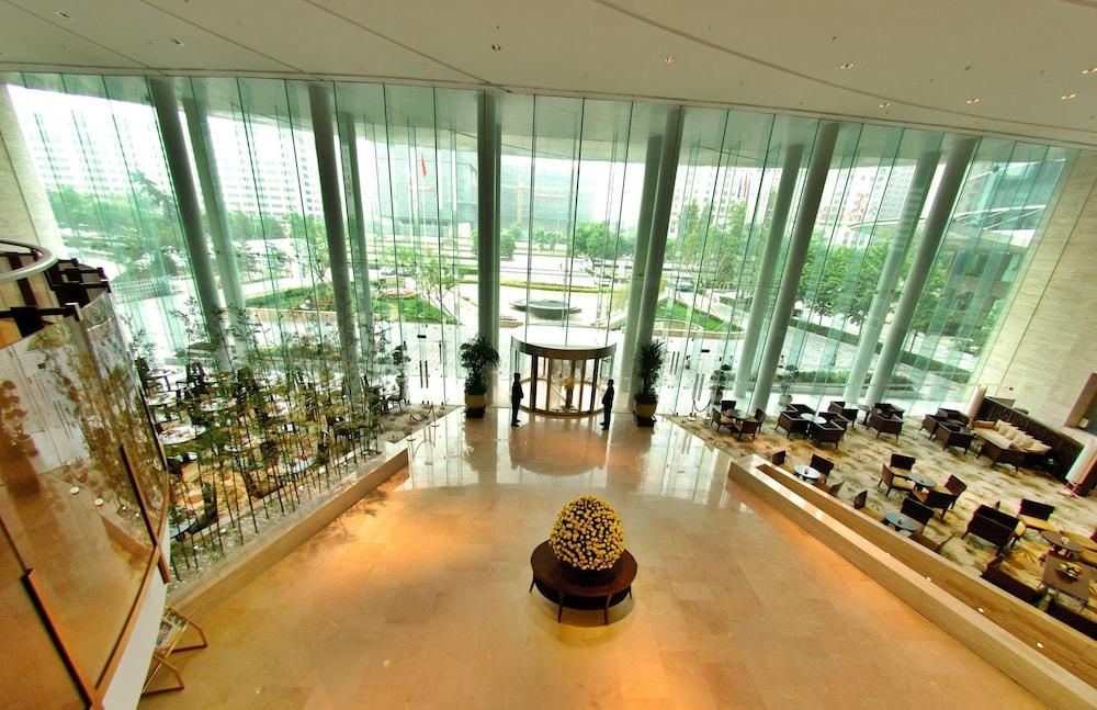 장궈 가든 호텔(Jianguo Garden Hotel) Hotel Image 14 - Interior Entrance