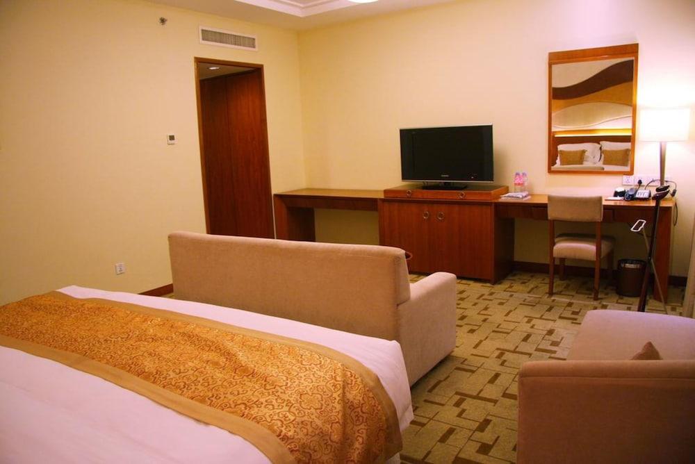 장궈 가든 호텔(Jianguo Garden Hotel) Hotel Image 12 - Living Room