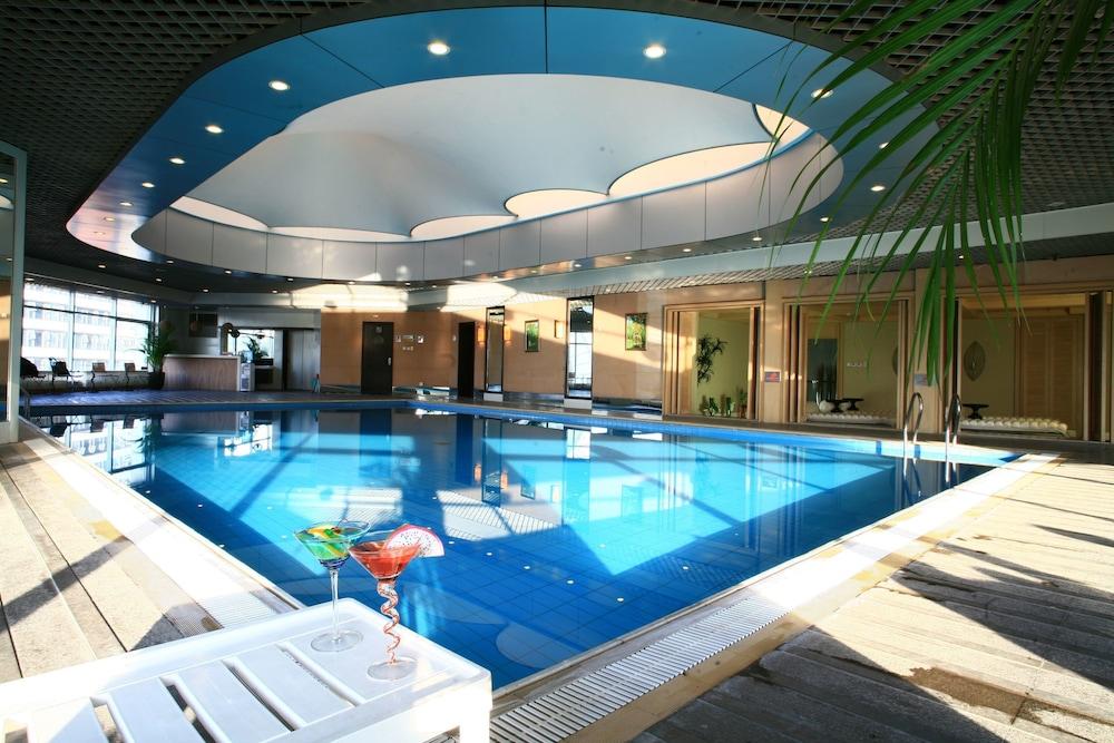 장궈 가든 호텔(Jianguo Garden Hotel) Hotel Image 3 - Pool