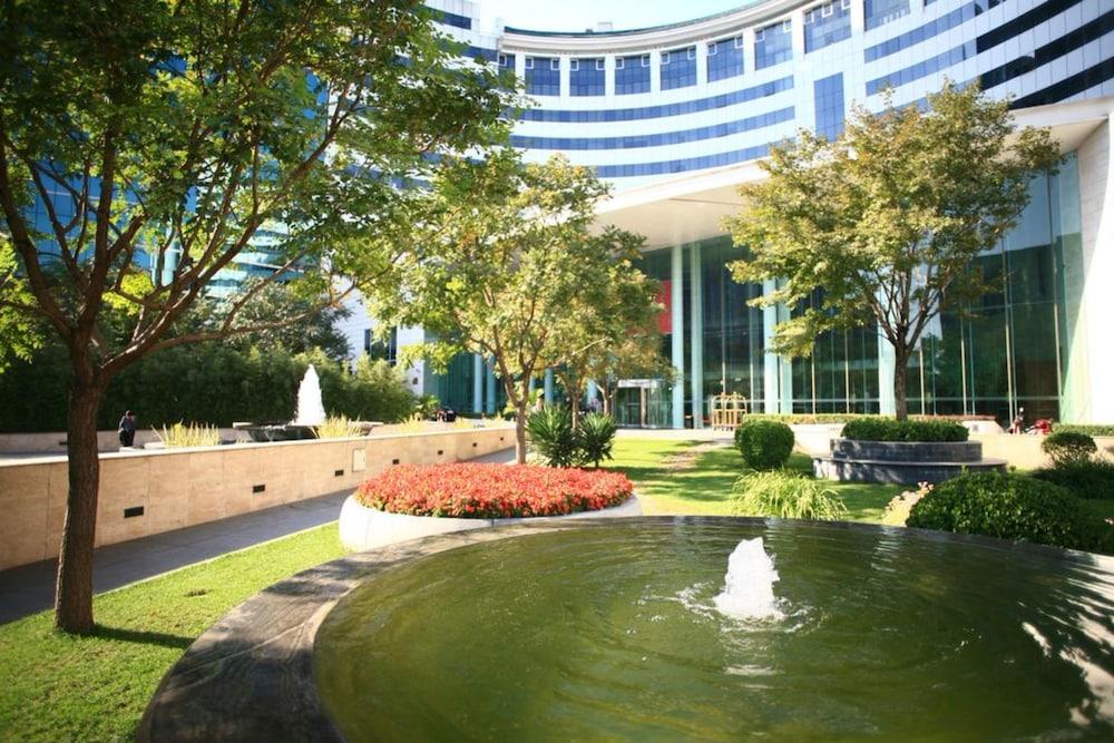 장궈 가든 호텔(Jianguo Garden Hotel) Hotel Image 27 - Courtyard