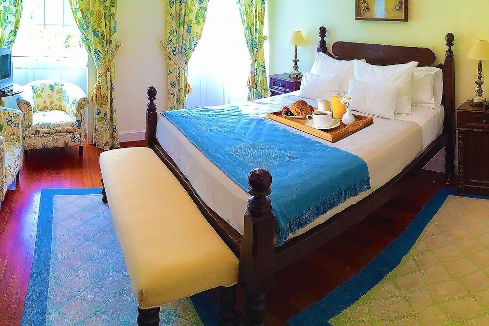 에스탈라젬 두 발레(Estalagem Do Vale) Hotel Image 10 - Guestroom