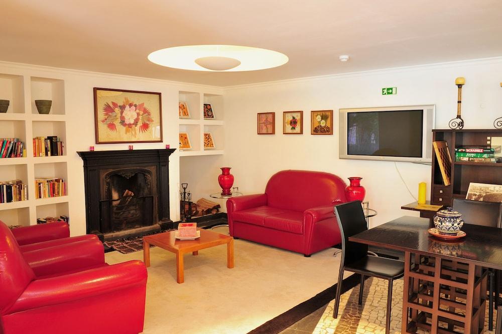 에스탈라젬 두 발레(Estalagem Do Vale) Hotel Image 1 - Lobby Sitting Area