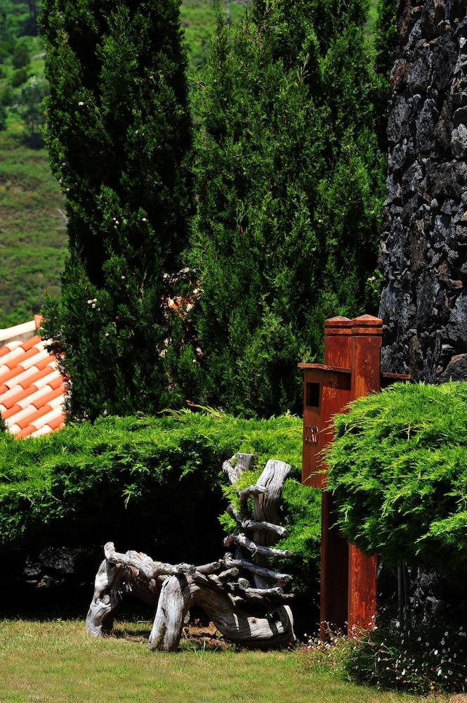 에스탈라젬 두 발레(Estalagem Do Vale) Hotel Image 42 - Garden