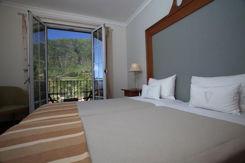 에스탈라젬 두 발레(Estalagem Do Vale) Hotel Image 11 - Guestroom