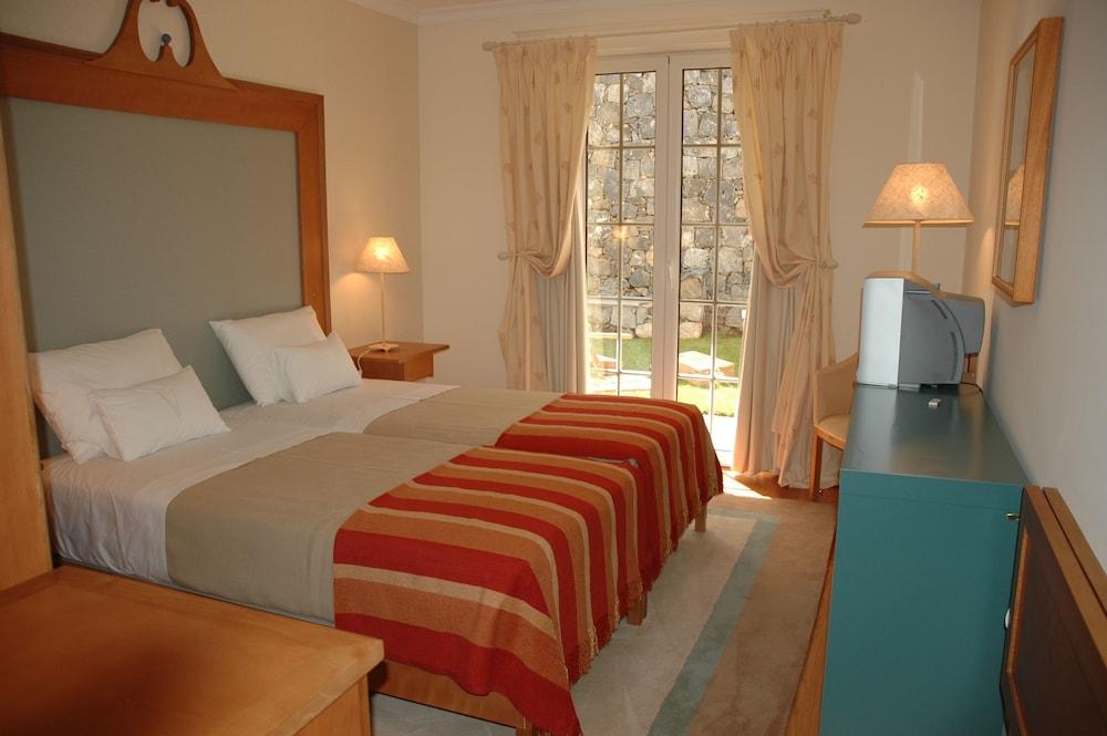 에스탈라젬 두 발레(Estalagem Do Vale) Hotel Image 26 - Guestroom