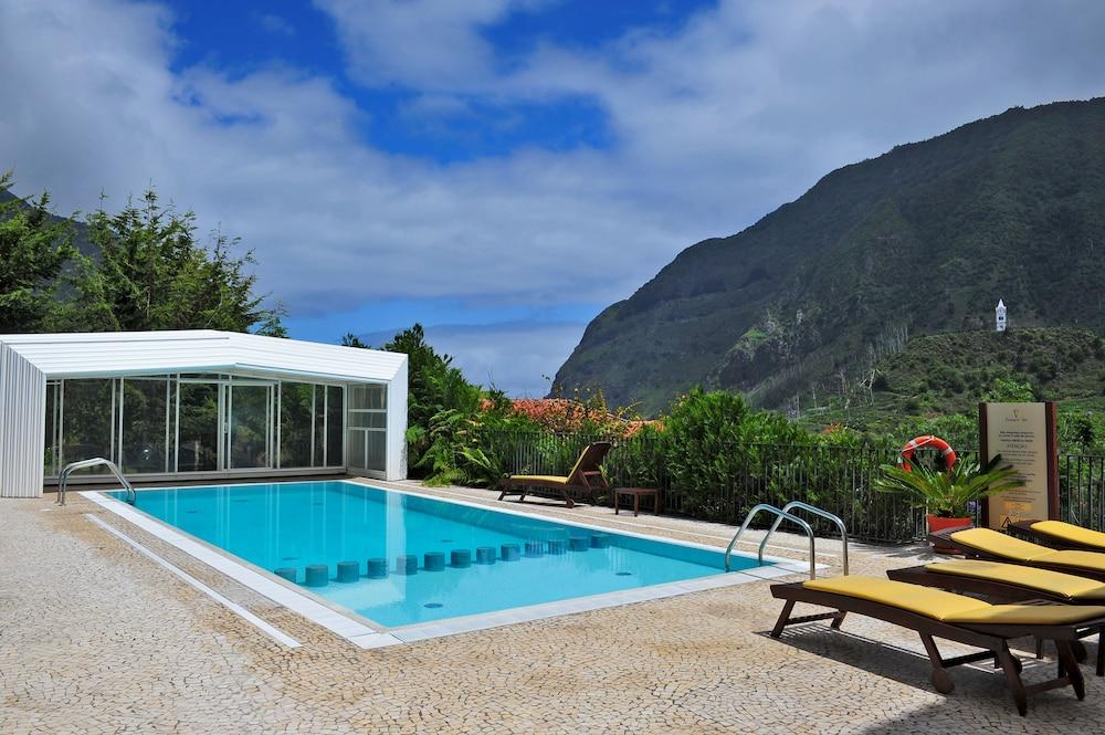 에스탈라젬 두 발레(Estalagem Do Vale) Hotel Image 3 - Pool