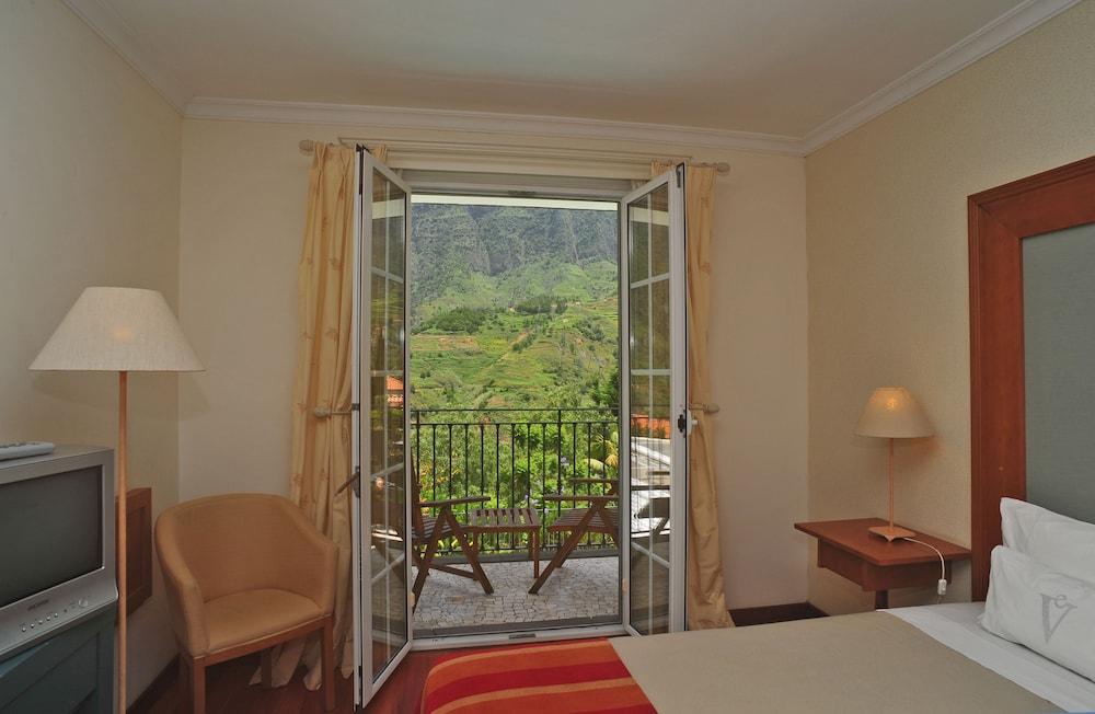 에스탈라젬 두 발레(Estalagem Do Vale) Hotel Image 21 - Guestroom