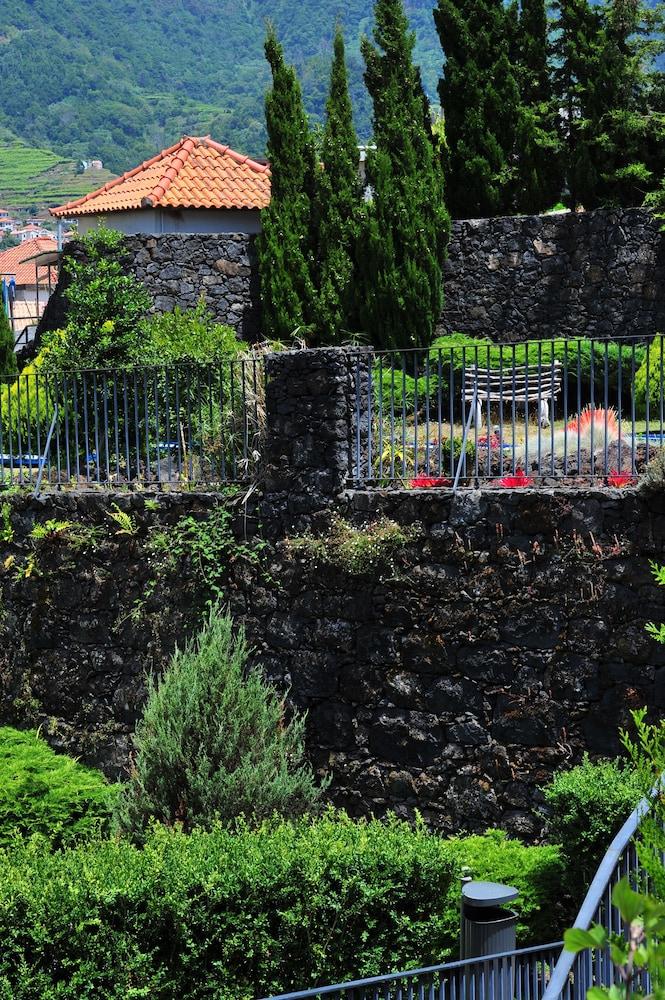 에스탈라젬 두 발레(Estalagem Do Vale) Hotel Image 44 - Garden